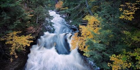 Presque Isle River, Michigan, USA by Gary Olejniczak