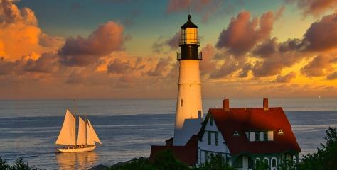 Portland Head Light, Cape Elizabeth, Maine, USA by Ron Selby